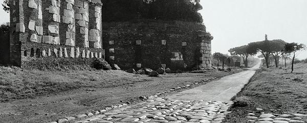Gianni Berengo Gardin. Roma Santa Maria Nova Parco Appia Antica 2020